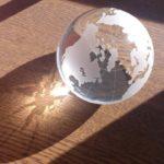 ガラスの地球儀1