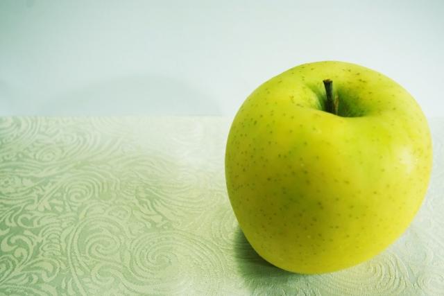 リンゴ シナノゴールド 1個